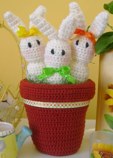 Free Crochet Patterns: Child Easter Bunny Slippers Crochet Pattern